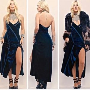 Free People Dresses - FP SPLICED VELVET DRESS